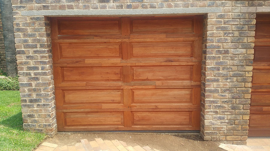 10 Panel Single Wooden Garage Doors