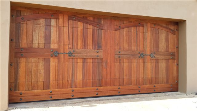 Double Arched Barn Style Wooden Garage Doors
