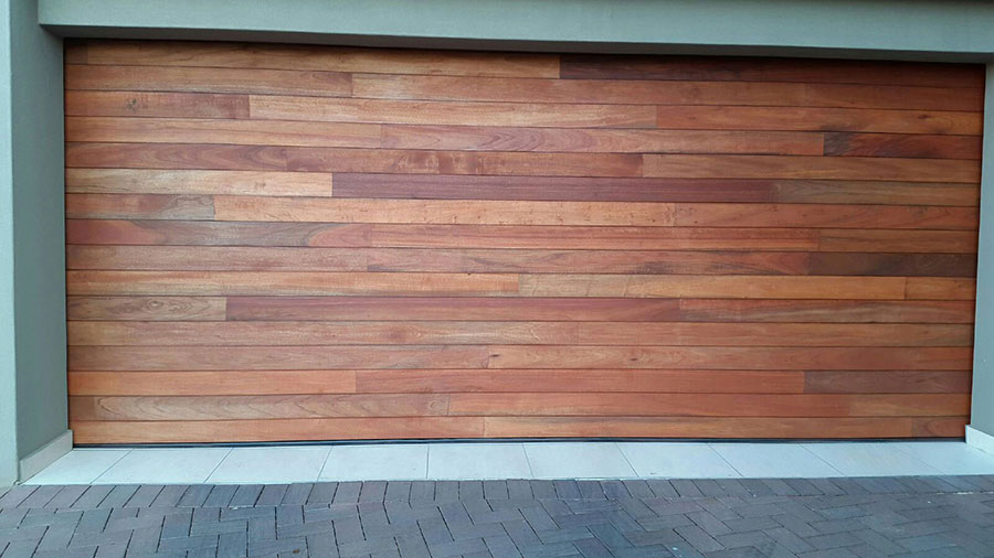 Double Horizontal Slatted Jointed Wooden Garage Doors